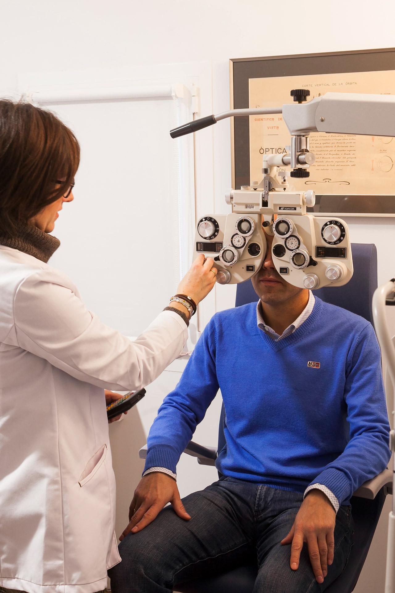 Óptica Arenas Huesca Óptico Optometrista